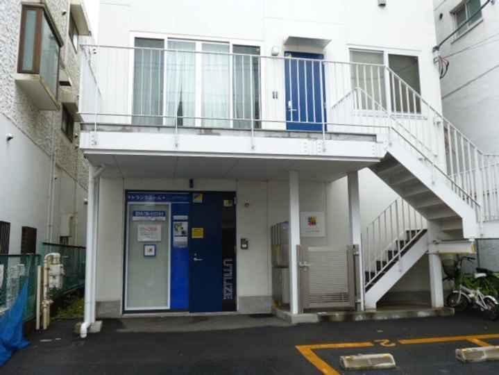 大山駅前(室内型トランクルーム)外観1